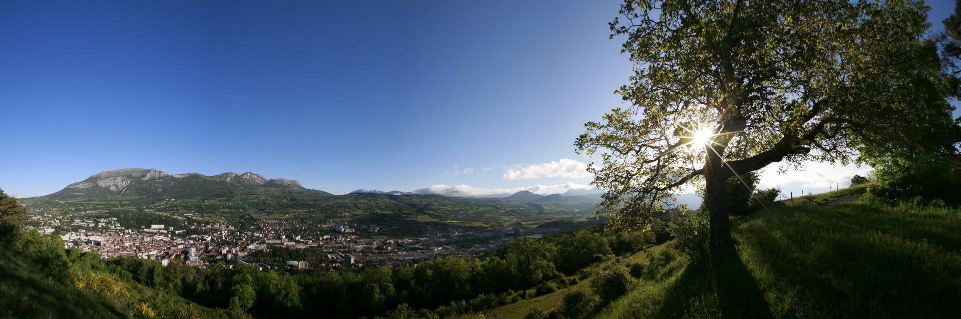 Vue panoramique sur la ville de Gap