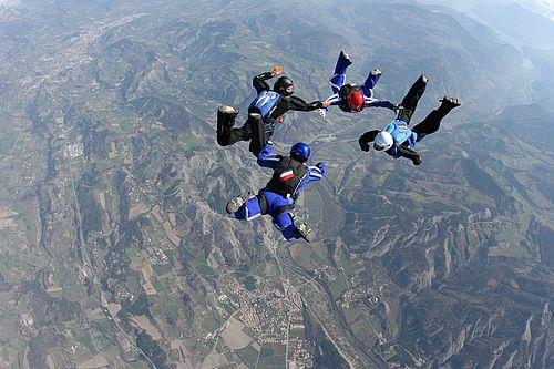 Salto con il paracadute - Campo di aviazione Tallard