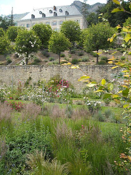 Jardin en terrasses et château de Charance